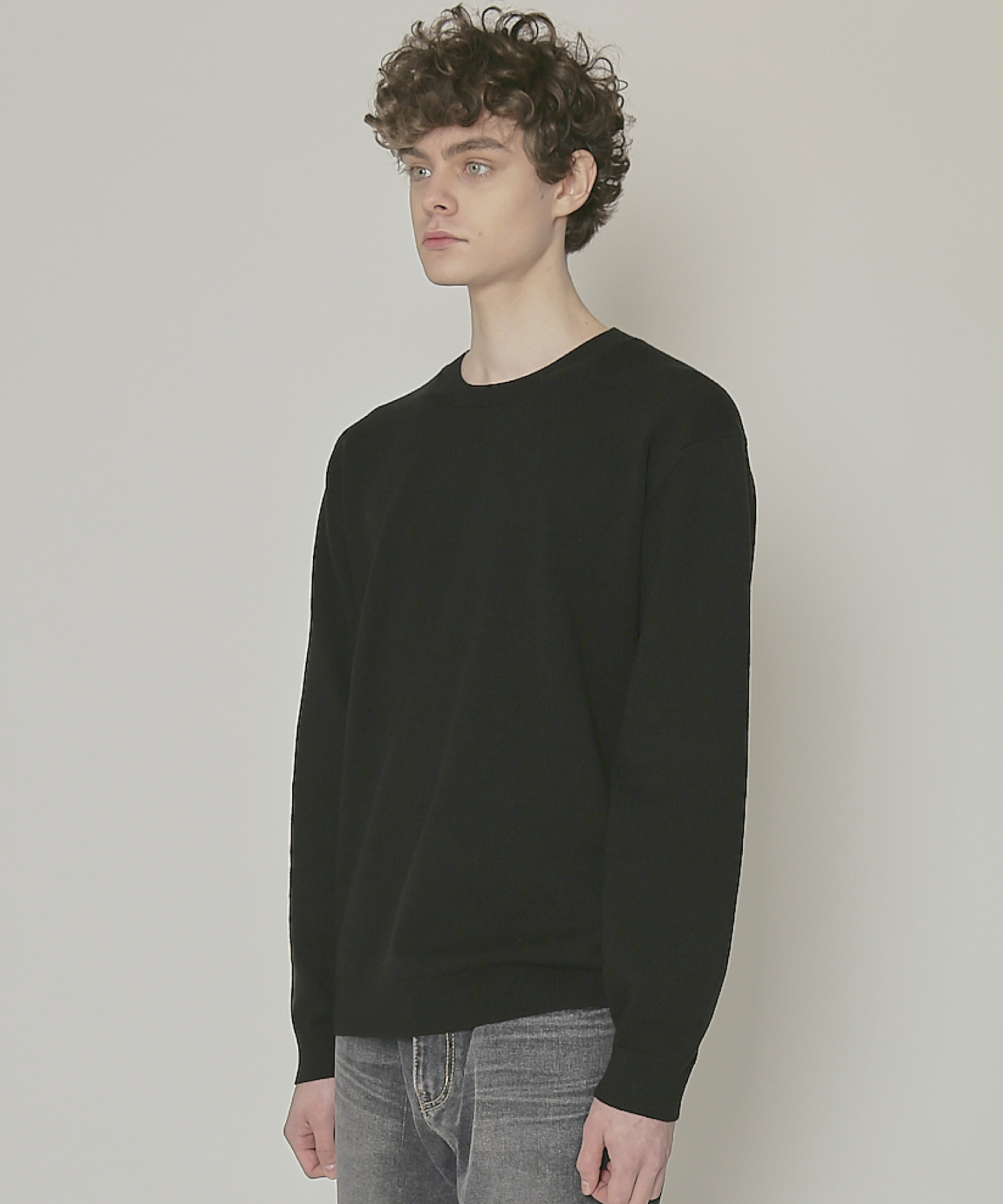 DWS SOFT BASIC ROUND SWEATER(BLACK)