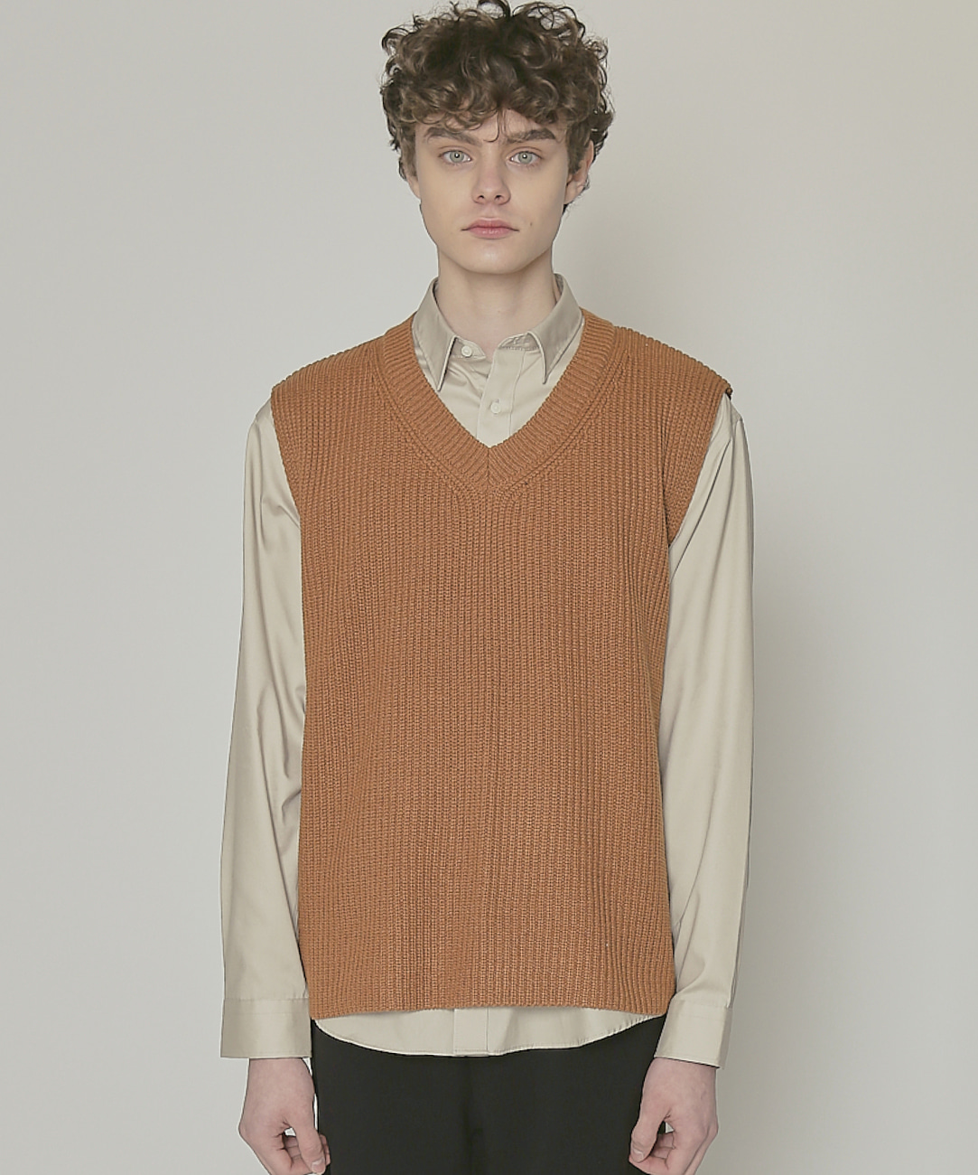 DWS V-NECK KNIT VEST(BROWN)