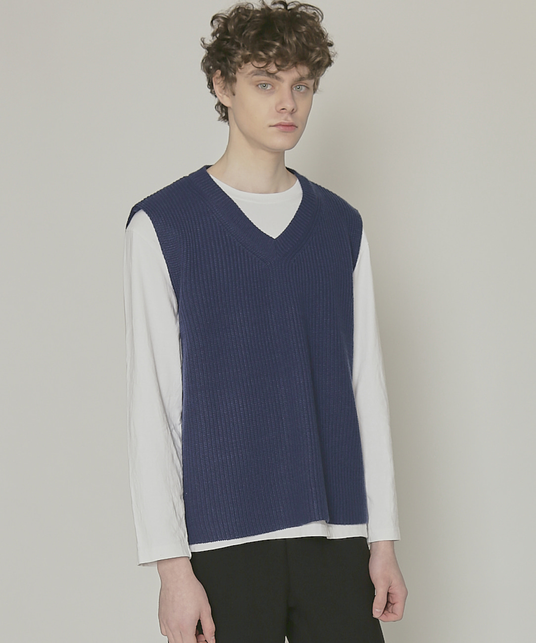 DWS V-NECK KNIT VEST(BLUE)