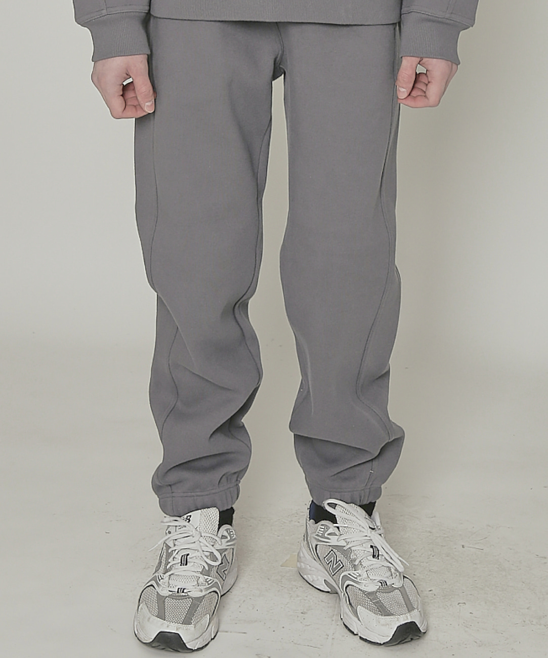 DWS ESSENTIAL JOGGER PANTS(CHARCOAL)