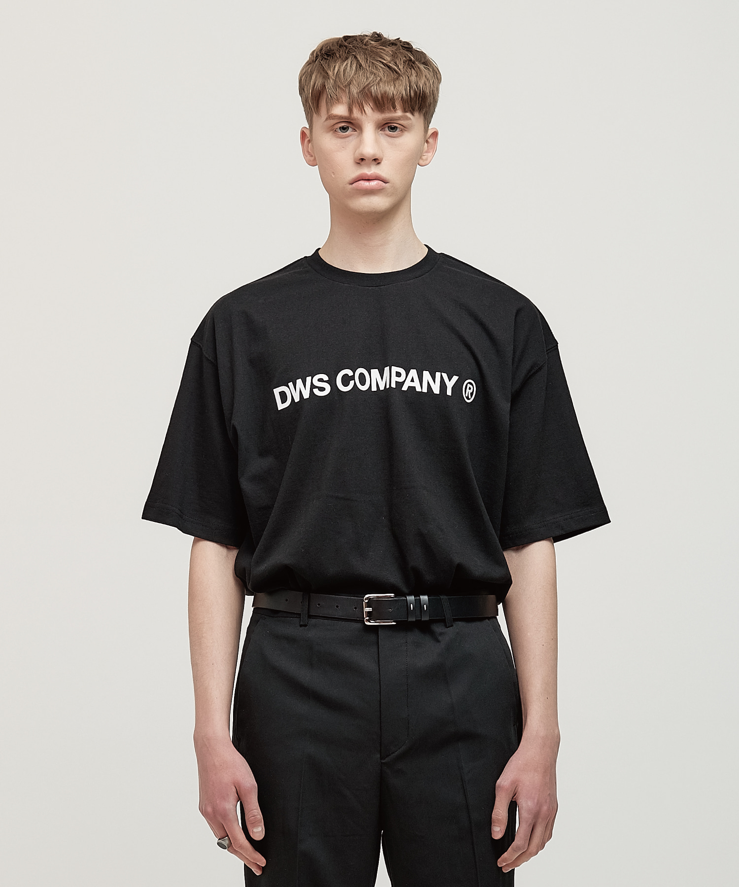 DWS SIGNATURE T-SHIRT(BLACK)